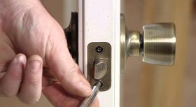 City Locksmith Store Montrose, CA 818-485-6058